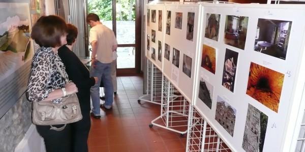 Mostra fotografica su antichi edifici all'Ecomuseo di Castello di Serravalle
